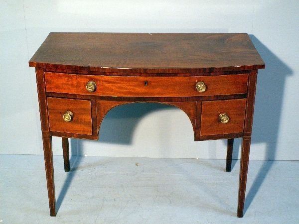 11: 19th century mahogany bowfronted dressing