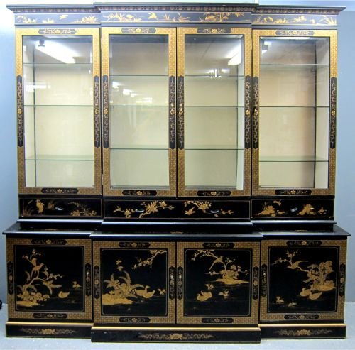 20th century Chinese lacquered display cabinet, decorat