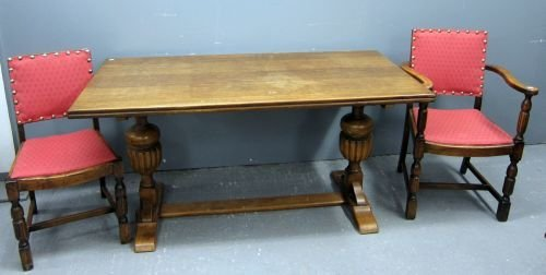 Oak dining table with H base and set of six (4+2) oak d