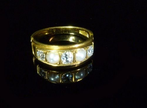 Late Victorian diamond and half pearl (untested) 18ct g