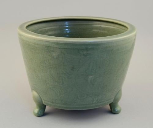 Chinese celadon straight sided jardiniere standing on t