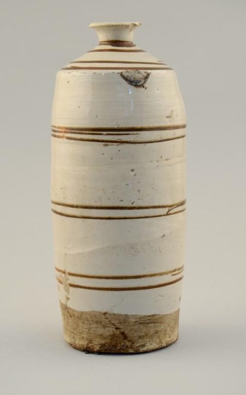 Chinese Tz'u-Chou type vase, the cream colored body dec