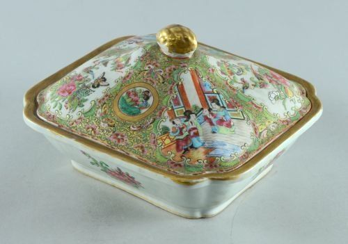 """19th century Cantonese tureen and cover, 10"""","""