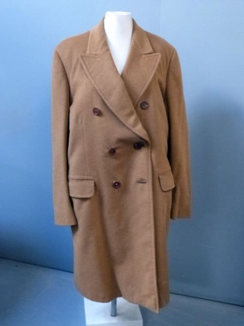 Aquascutum men's double breasted camel coat with deep r