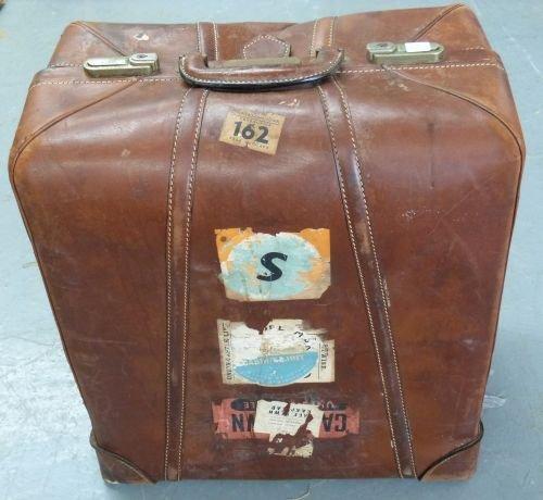 Gentleman's vintage leather folding trouser carrier wit