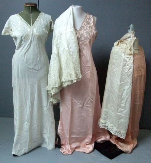1920's Apricot silk nightdress with ercu lace and roseb