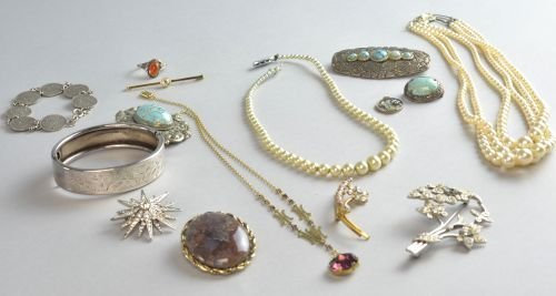 An assortment of fashion jewellery including two