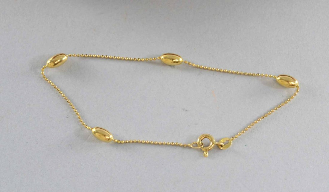 18ct gold bead link bracelet Length 19cm. Weight