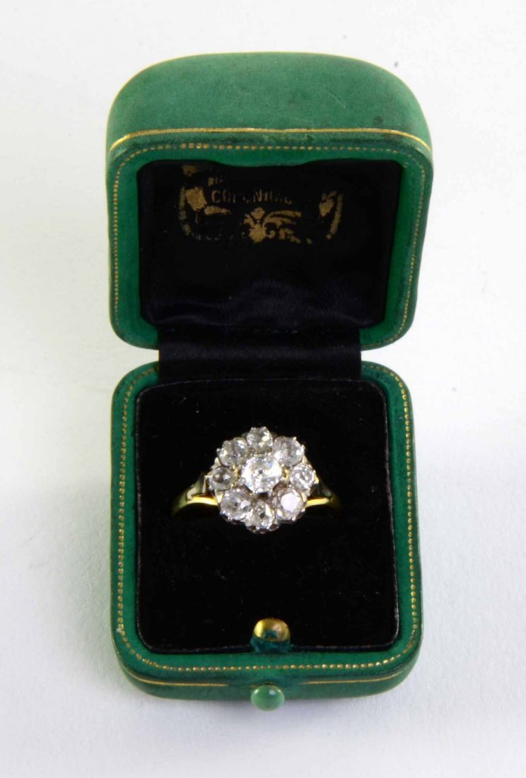 Edwardian diamond ring in the form of a daisy set in