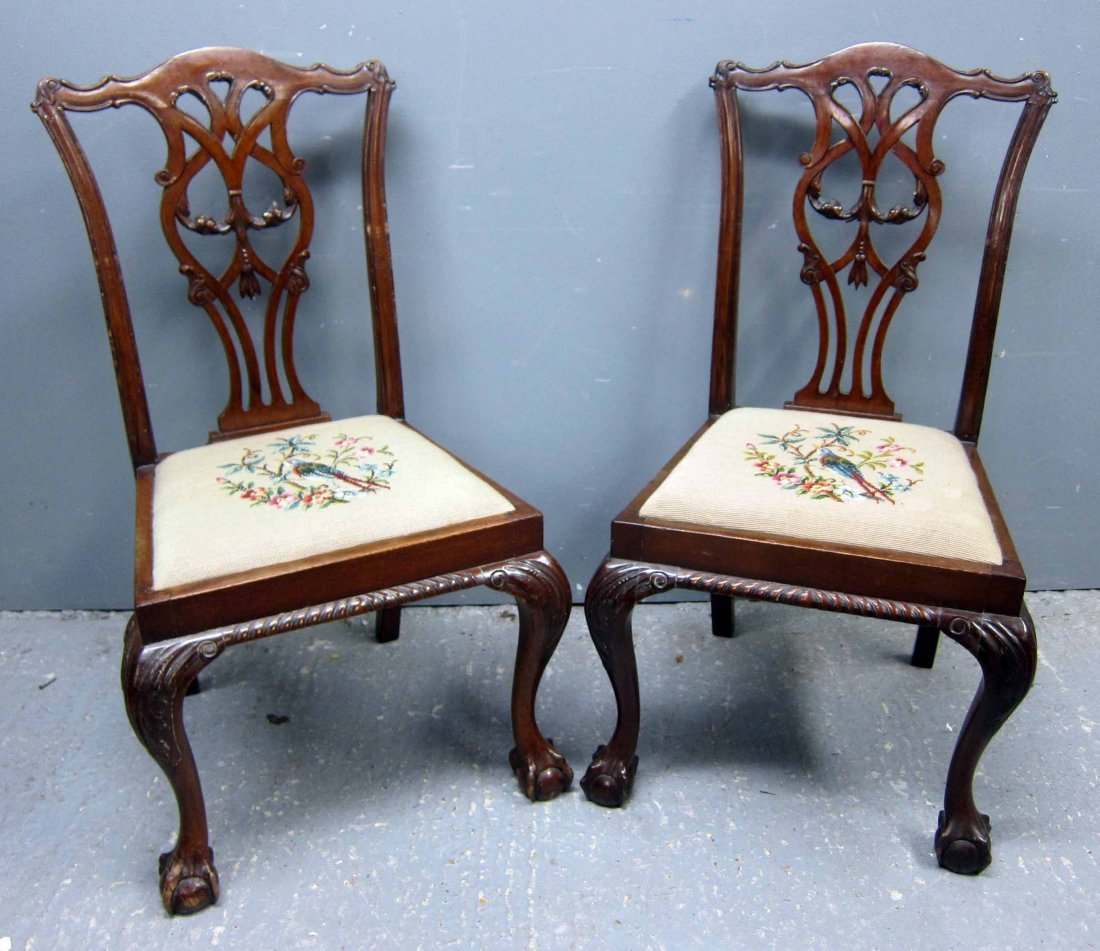Set of eight 20th Century mahogany Chippendale style