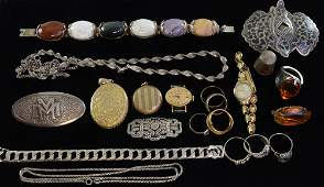 Collection of costume jewellery To include an amber set
