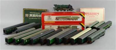 Three Hornby Railways OO gauge locomotives and tenders,