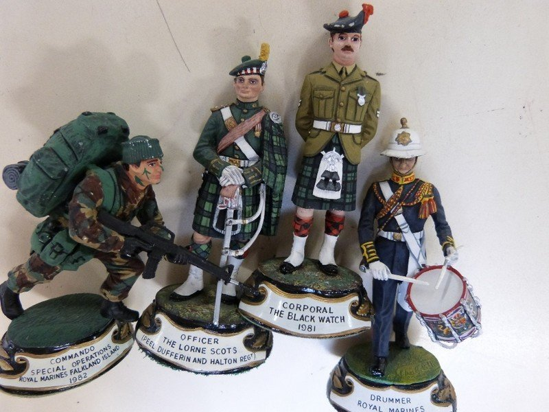Britains Toy Soldiers reproduction 'Scots Greys' in - 7