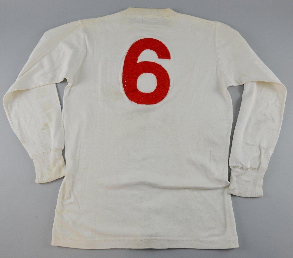 Bobby Moore match worn England Shirt, with Intermediate - 4