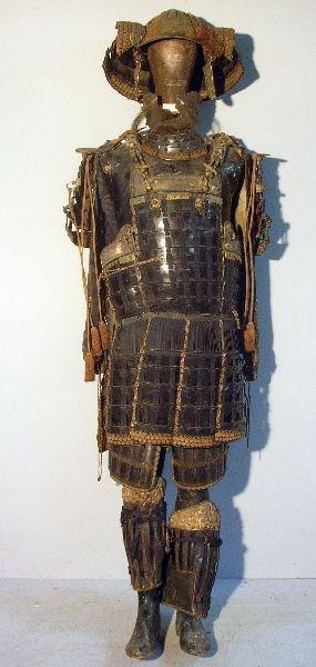 613: Edo period samurai suite of armour