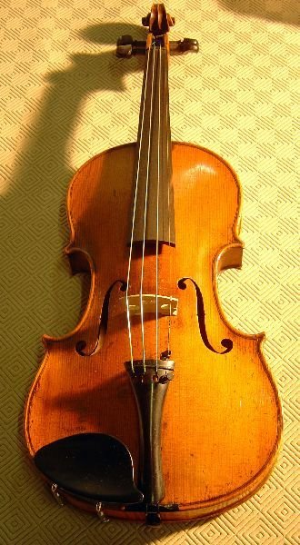 786: German violin, back stamped Copy of Ole Bull
