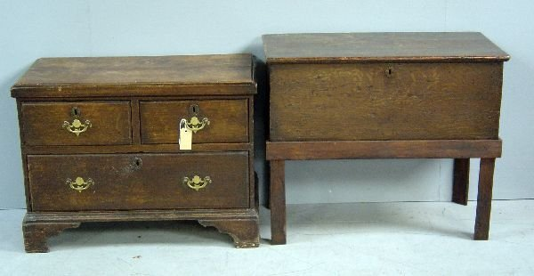 21: 18th century oak pine coffer with drawer base, two