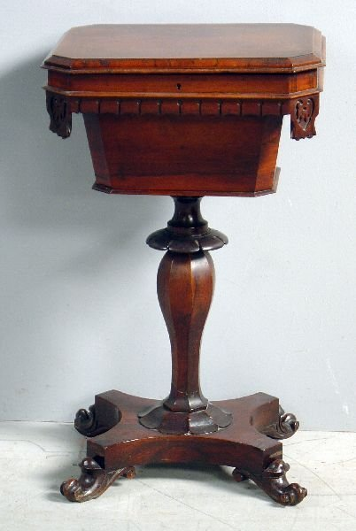 23: Victorian rosewood work table with rising top on sh