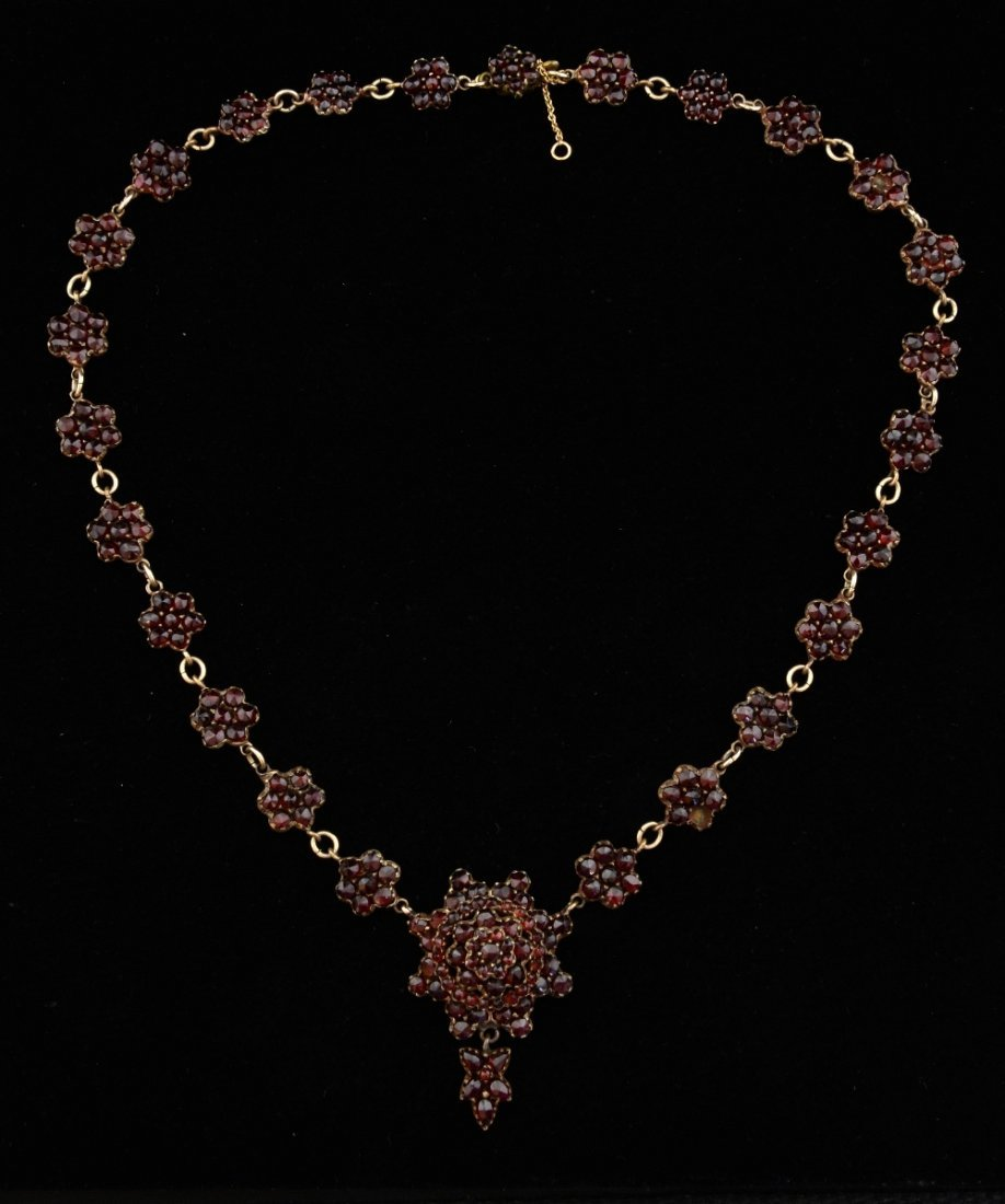 A late 19th century Bohemian garnet neck
