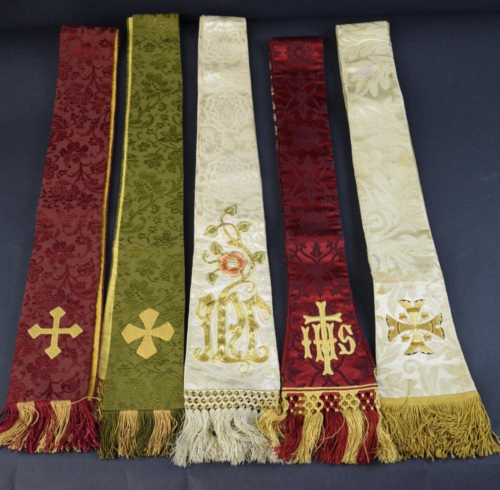 Five ecclesiastical stoles of silk damask of silk