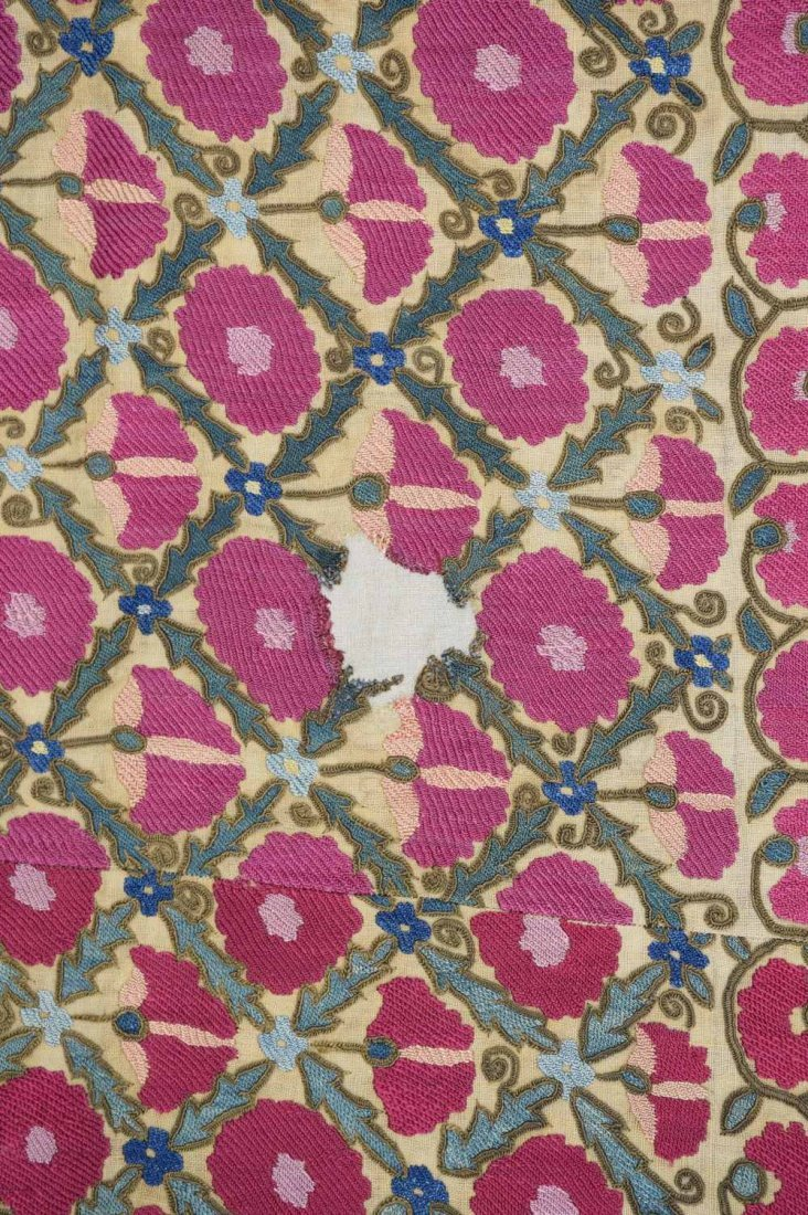 Suzani, west Turkistan, early 19th C, finely stitched - 6