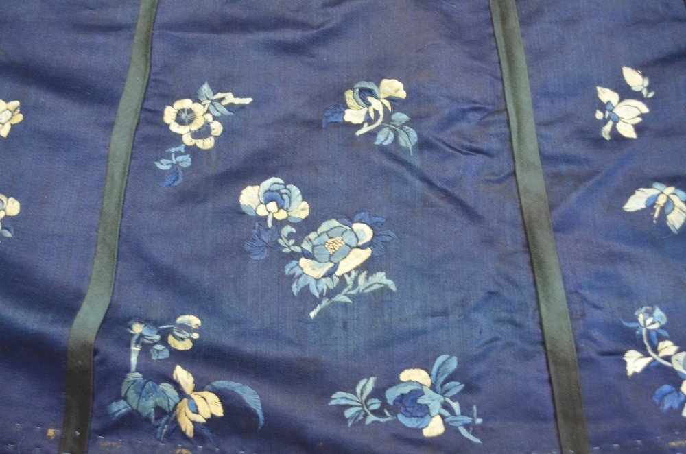 Part of a Chinese summer robe, with couched gilt - 2