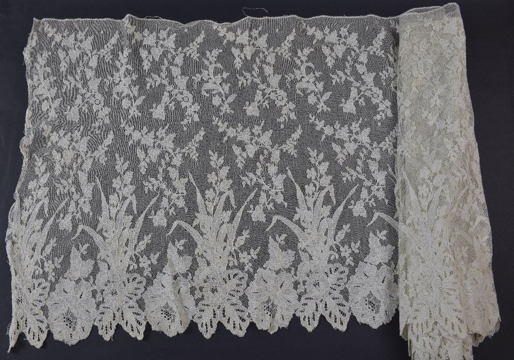 Lengths of black chantilly and other European lace - 2