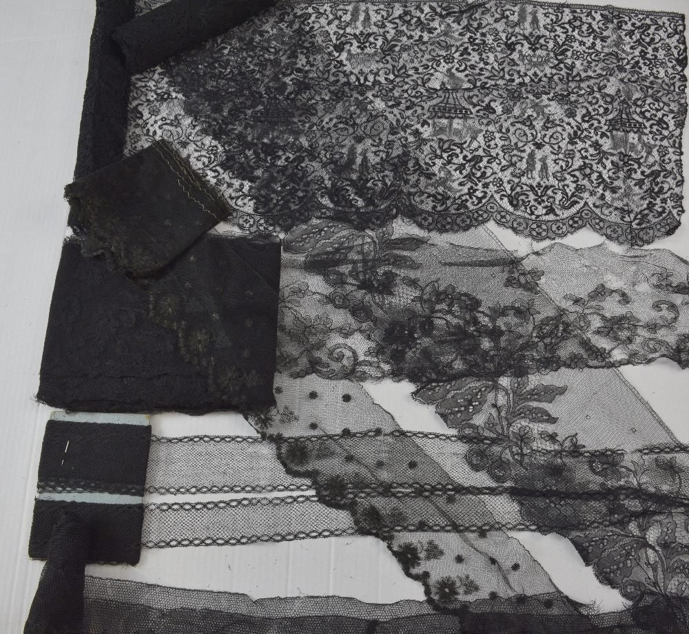 Lengths of black chantilly and other European lace - 3