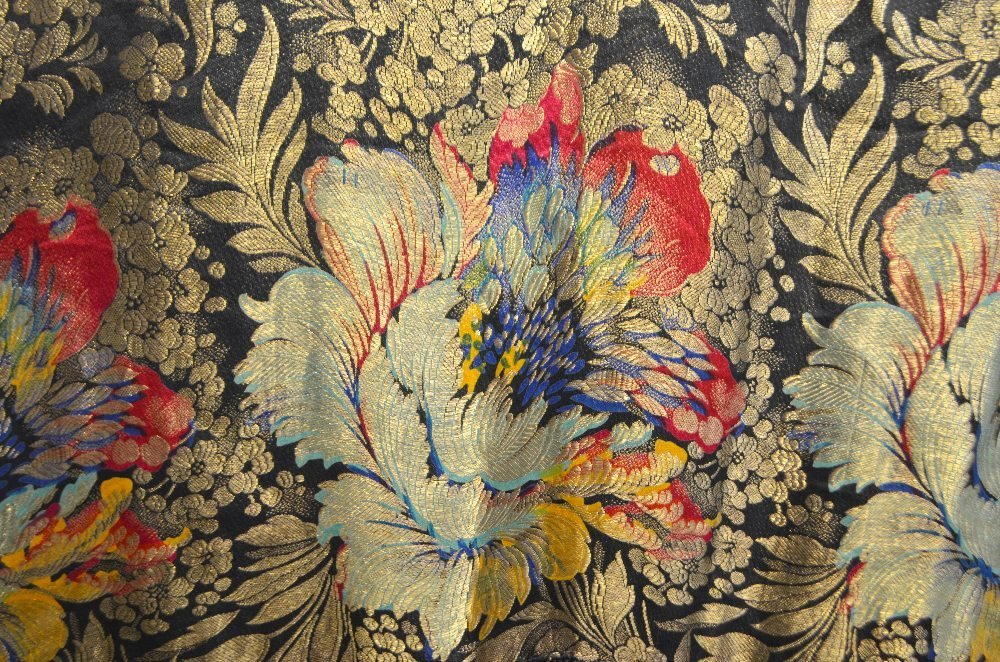 Shawl brocaded with gold and  bold flowers and deep - 2