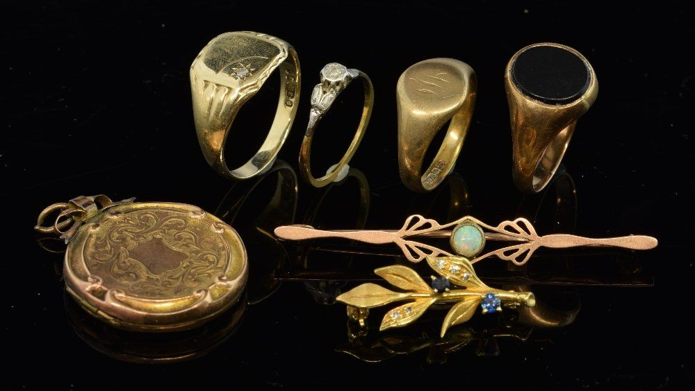 A collection of gold jewellery. Including three  gold