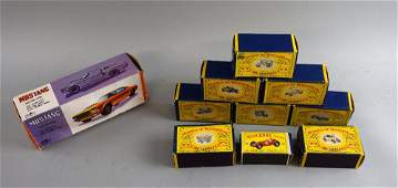 Large collection of mixed die-cast vehicles to include