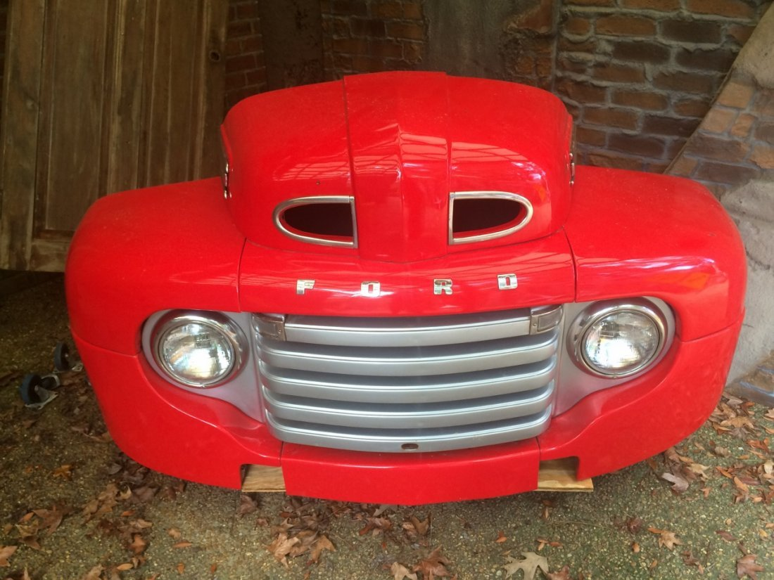 Antique Ford Front End