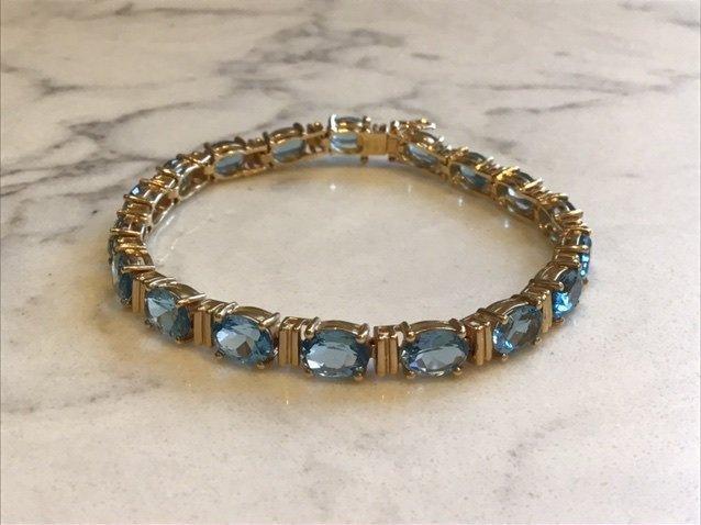 14k Gold Bracelet with Blue Topaz