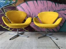 Arne Jacobsen Fritz Hansen Swan Chairs