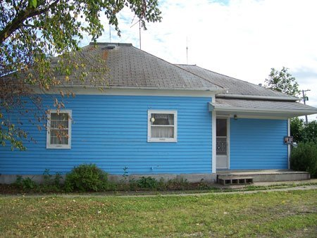 1209: HOUSE~MOVE-IN COND. WALSH COUNTY ND~SEE PHOTOS