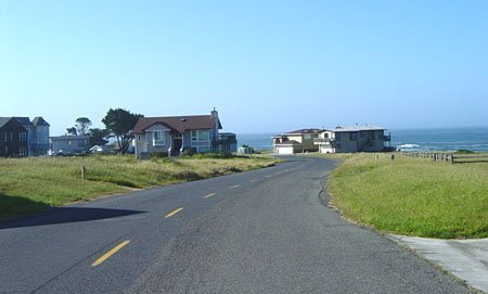 1817: BEAUTIFUL SEASIDE COMMUNITY~CALIFORNIA LOT