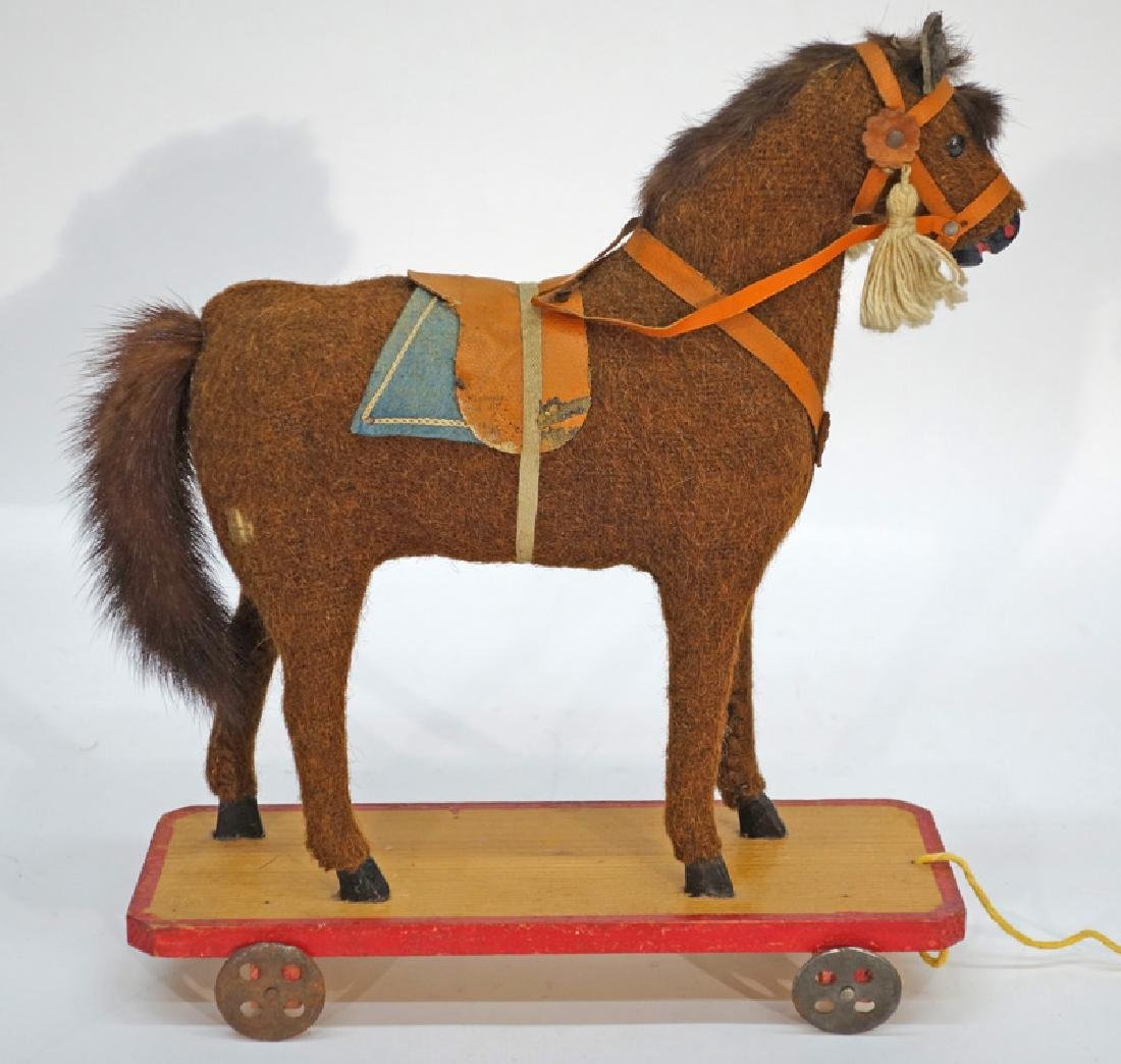 HORSE PULL TOY
