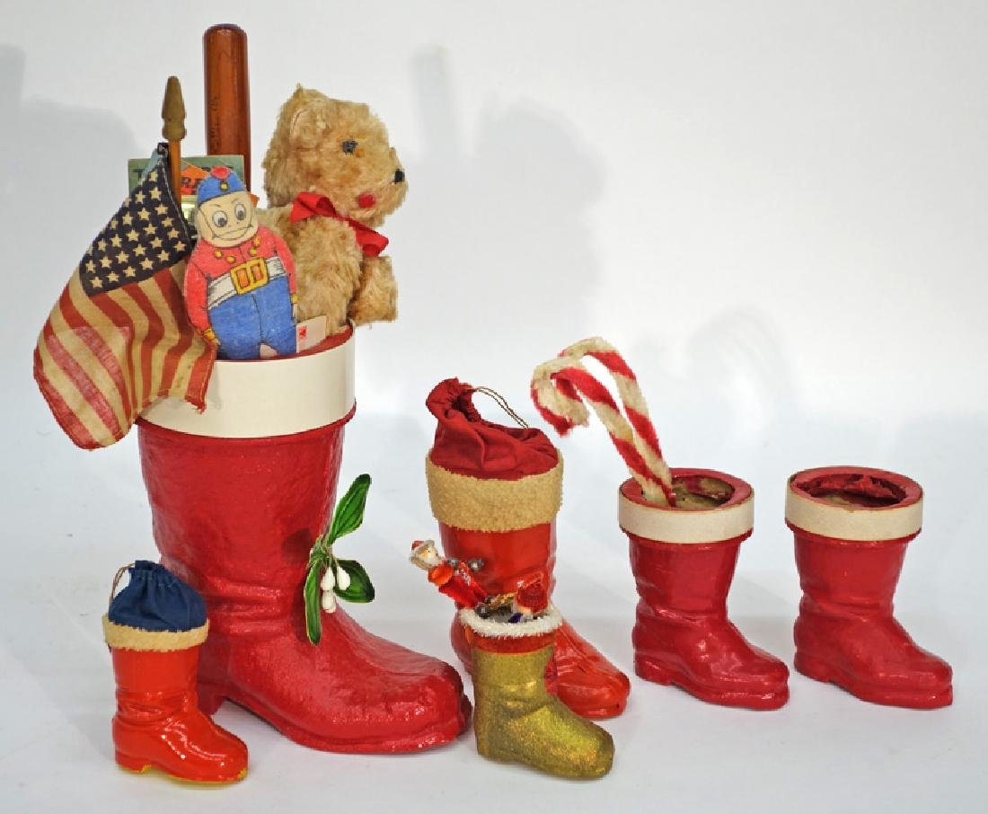 CHRISTMAS BOOT CANDY CONTAINERS (6)
