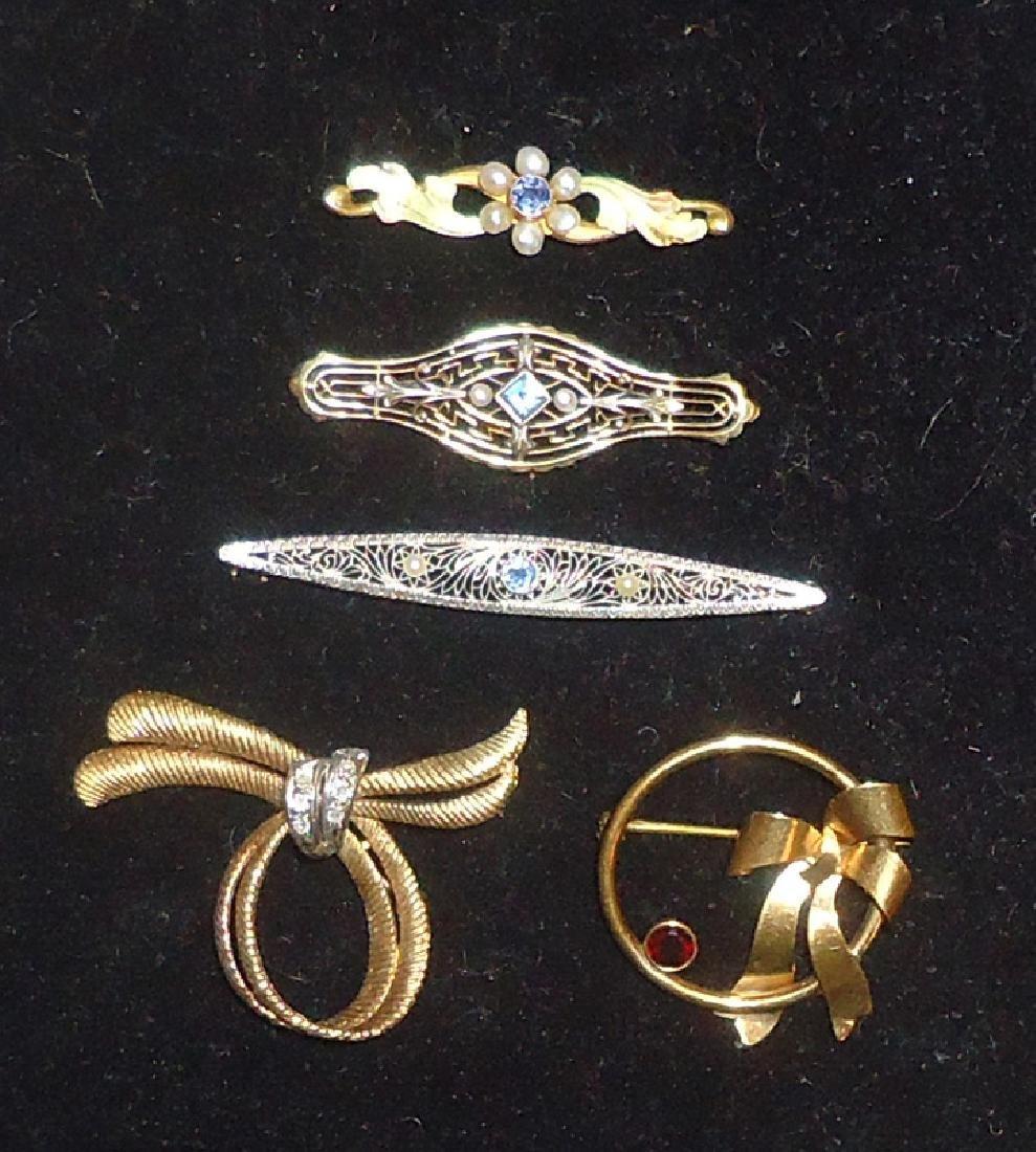 GOLD PINS (5)