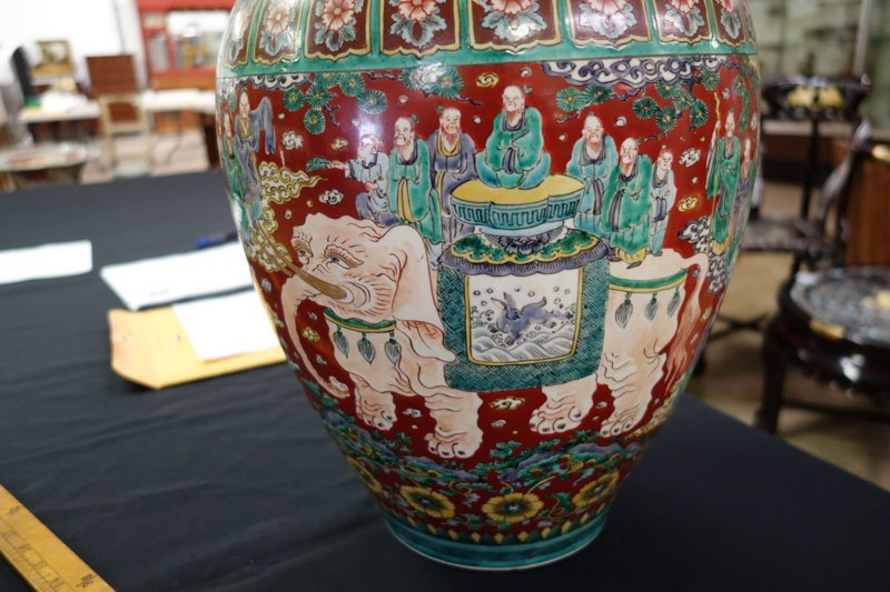 CHINESE EXPORT VASE - 5