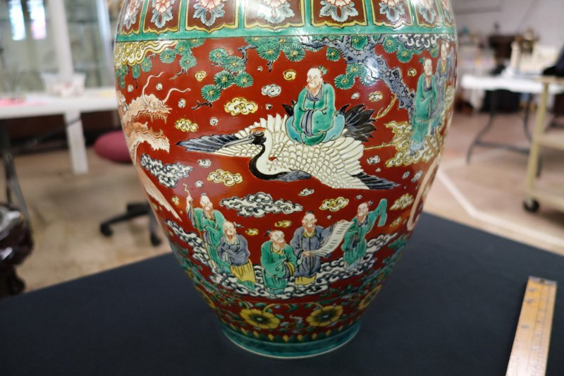 CHINESE EXPORT VASE - 6