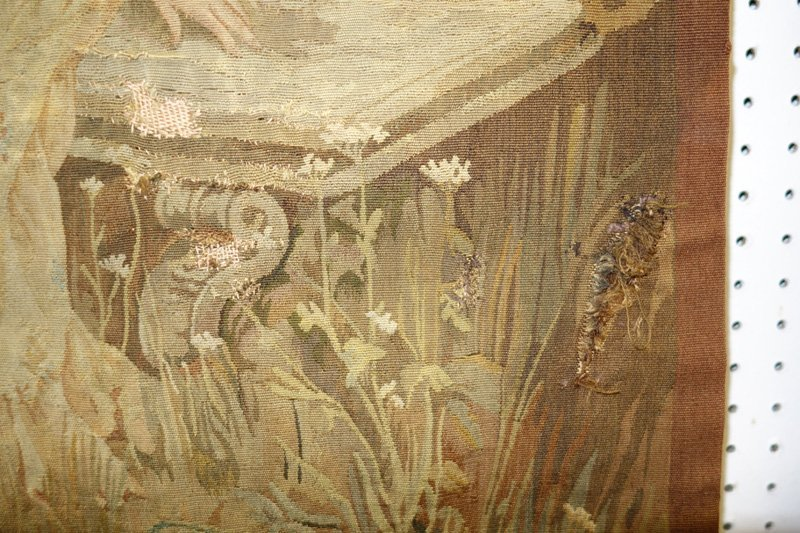 TAPESTRY COURTING SCENE - 3