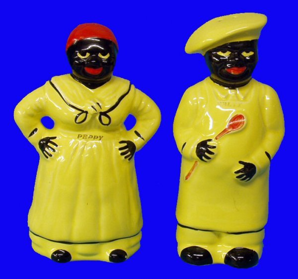 18: BLACK AMERICANA Pair of Salt & Pepper Shakers