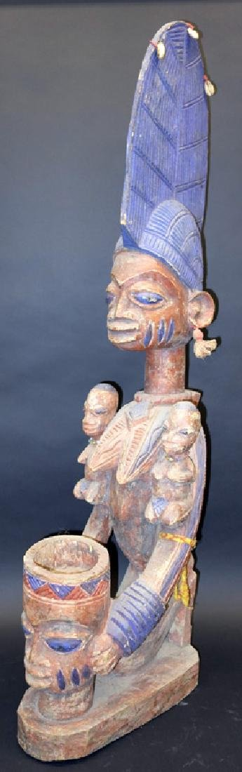 AFRICAN TRIBAL FIGURAL GROUP