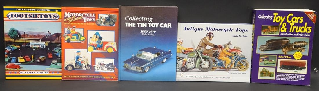 TOY MOTORCYCLE & CAR BOOKS (5)