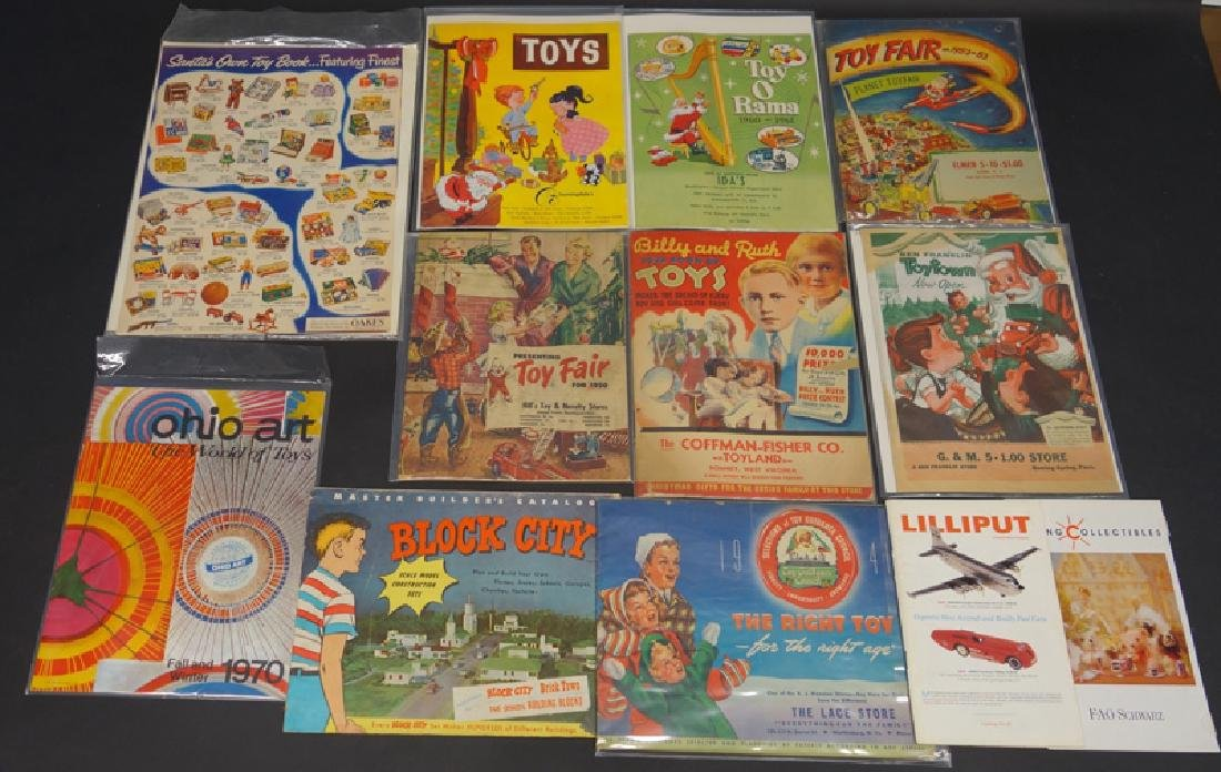 TOY CATALOGS & FLYERS (23+/-)