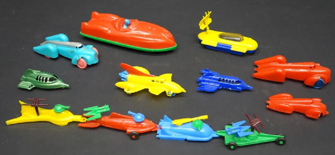 PLASTIC SPACE & STREAMLINE TOYS (12)