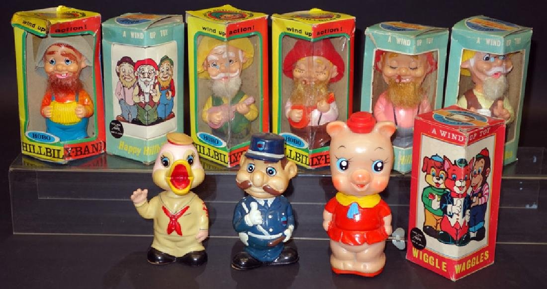 JAPANESE RUBBER WOBBLING FIGURES (1)