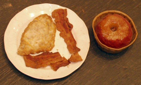 5: WAX FOOD BACON & EGGS