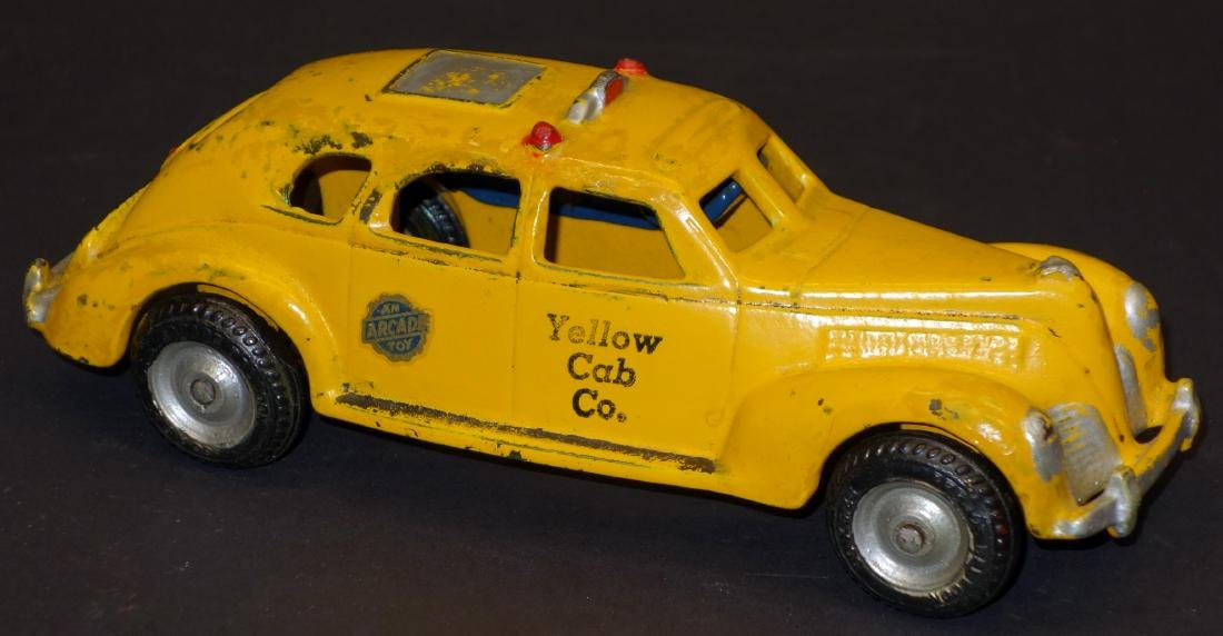 ARCADE YELLOW CAB